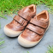 Natural Leather Shoes with Rubber Sole