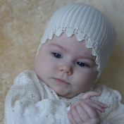 Ribbed Hat with Lacy Finish in Wool and Silk
