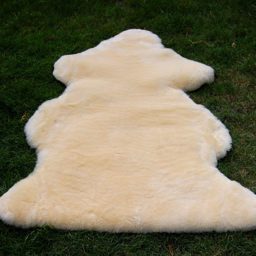 Deliciously Springy Baby-safe Sheepskin Rug