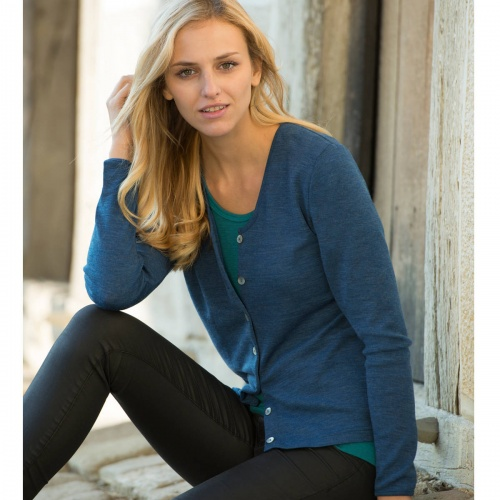 Women's Fine-Knit Cardigan in Pure Organic Merino Wool