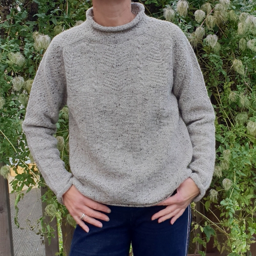 Women's Merino Wool Seamless Cable Knit Sweater