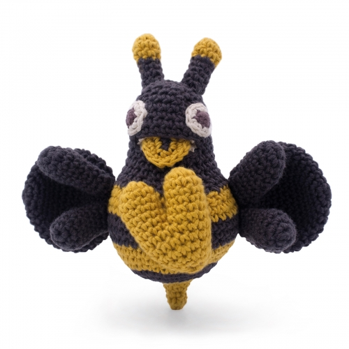 Mireille Vibrating Hand Crocheted Bee