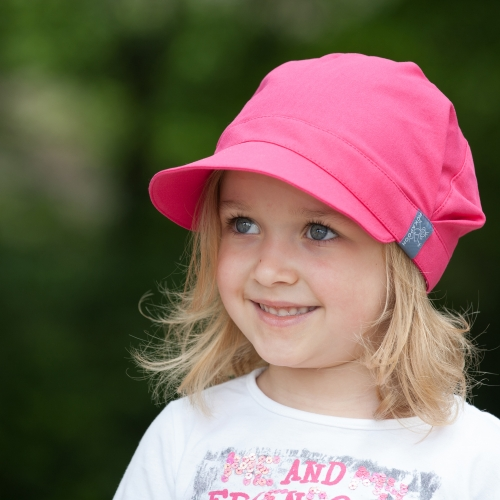 a63a96d6099 Pickapooh - UV protective stay-on-able hats