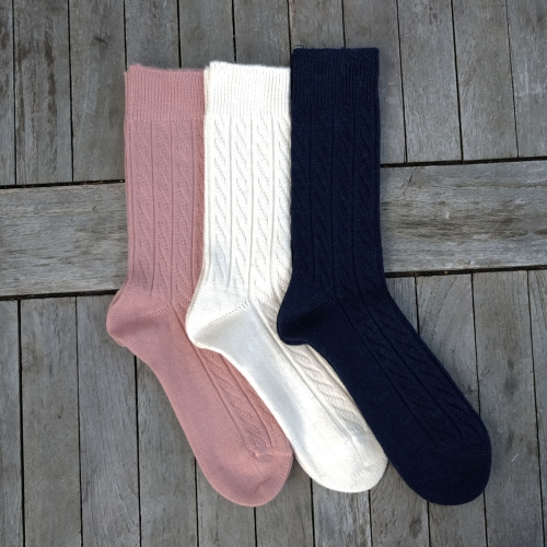 Women's Cable Knit Socks In Organic Wool & Alpaca
