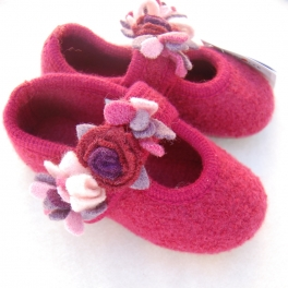 floralboiledwoolslipperwithrubbersole_MED